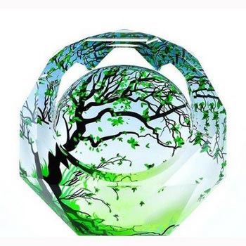 水晶工艺品批发:水晶玻璃工艺品产业发展前景大(图1)
